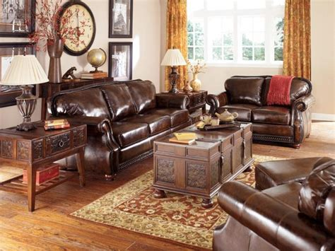 Living Room Ideas Antique La Table Basse Coffre Une Touche D 233 Co Vintage Qui Va