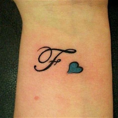 lettere da tatuare modele tatouage lettre f