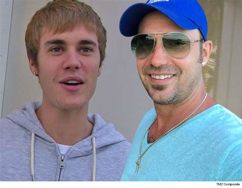 justin biebers dad visits with his famous son amid the justin bieber s dad flies to l a for quality time on