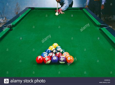 how to set up a pool table pool table set up brokeasshome com