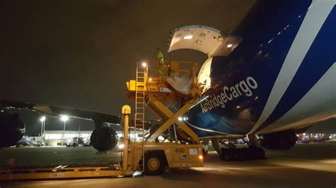 cargo charter activity booms at st louis lambert air cargo week