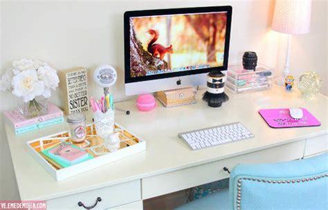 decorar escritorio oficina 4 ideas para decorar tu escritorio blogueras blogueras