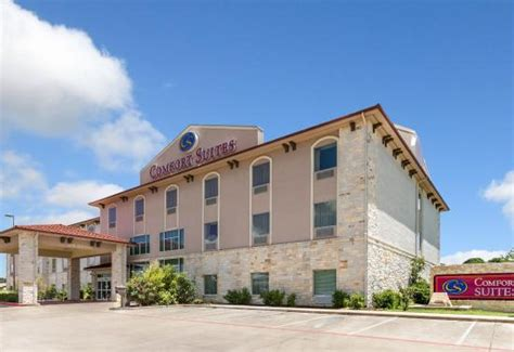 comfort texas lodging comfort suites granbury updated 2018 prices hotel