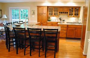 Kitchen Island Seats 6 Island That Seats At Least 8 Kitchen Pinterest
