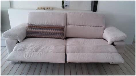 divani con seduta allungabile occasione divano puccini in tessuto con sedute allungabili