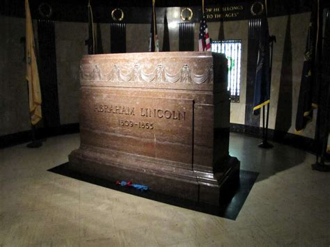 abe lincoln buried abraham lincoln s grave