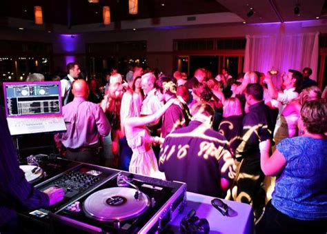 Wedding Dj by Your Wedding Dj Gig What Equipment Do You Need