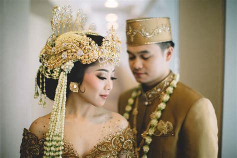cantik   pakaian pengantin adat sunda  elegan