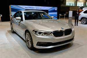 Bmw Of Chicago 2017 Chicago Auto Show Bmw Brings The 530e In Hybrid