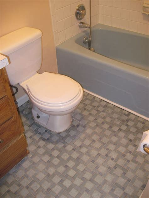 Floor Ideas For Small Bathrooms by Floor Tile Designs For Small Bathrooms Tedx Decors