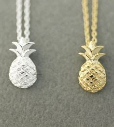 Pineapple Set Rok Best Friends 1000 ideas about bff necklaces on best friend necklaces friendship necklaces and