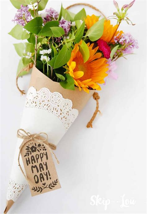 Gift Baskets For S Day The Cutest Diy May Day Baskets To Celebrate May Day