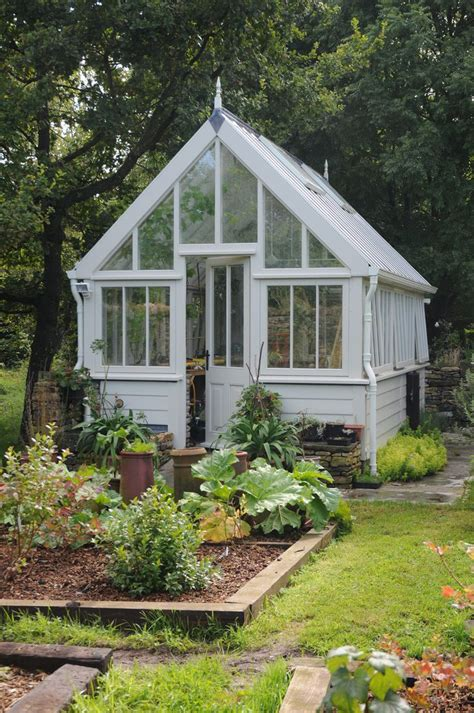 greenhouse small backyard best 20 small greenhouse ideas on pinterest diy greenhouse backyard greenhouse and