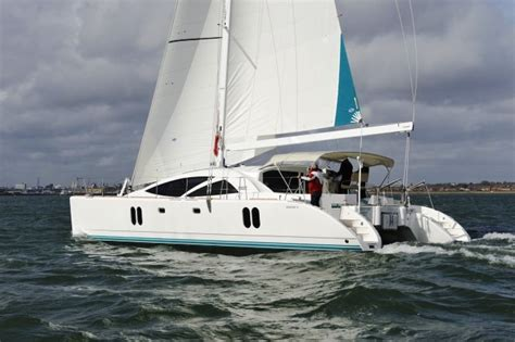 discovery 50 catamaran named import boat of the year - Catamaran Boat Of The Year