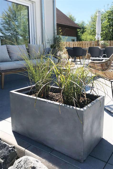 pflanzkuebel blumenkuebel maxi  aus fiberglas beton design