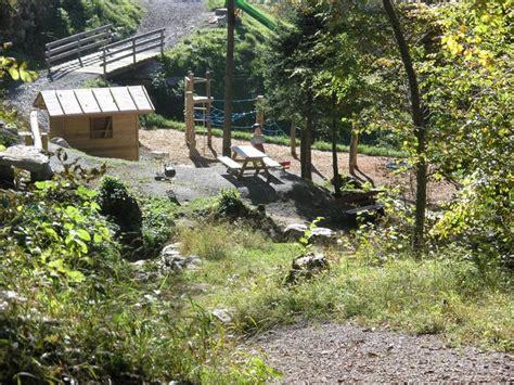 spielplatz mit feuerstelle kinderspielplatz rombach amden weesen tourismus