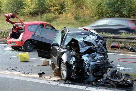Motorradunfall A7 Heute by Furchtbarer Unfall Auf Der A73 In Oberfranken Eine