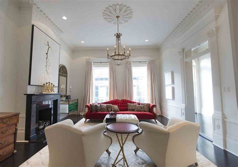 Lalaurie Mansion Interior by 7 Apartments You Can Rent Next To A Real Haunted Mansion