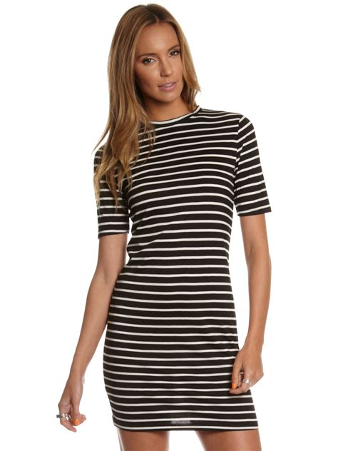 Dress Black White Stripes black and white striped t shirt dress oasis fashion