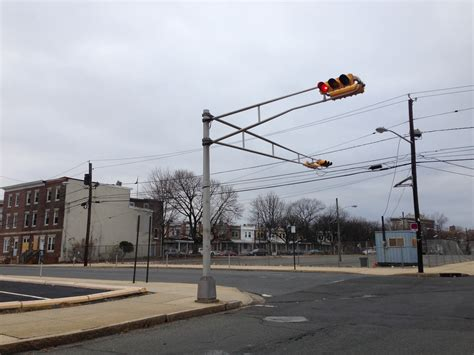 Light Tavern Jersey City Nj by File 2014 12 20 15 06 46 A Horizontally Mounted Traffic Light At The Intersection Of Bank