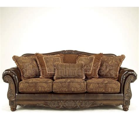 fresco antique sofa 1000 ideas about antique sofa on pinterest fainting