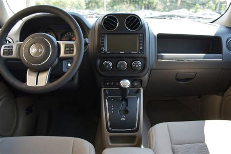 jeep patriot 2014 interior a jeep of a different caliber web2carz