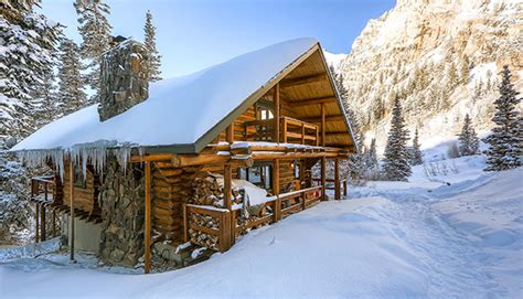Snow Cabin Rentals by Cozy Cabin Rentals For A Sweater Weather Getaway
