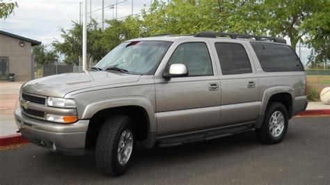service manual how to remove on a 2001 chevrolet suburban 2500 how to install replace fix