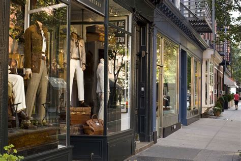 Luxury Bargain Shopping No Longer An Oxymoron by Stores For Great Discount Shopping In New York City
