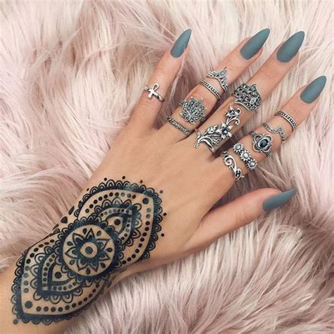 nail art with tattoo henna nails henna and hena on