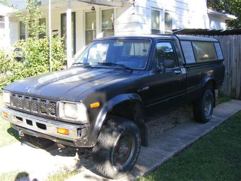 1982 Toyota 4x4 Buy Used 1982 Toyota 4x4 Tacoma 5 Speed Up Truck 22r