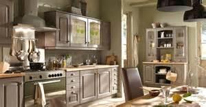 cuisine bruges par conforama cuisine rustique et si on