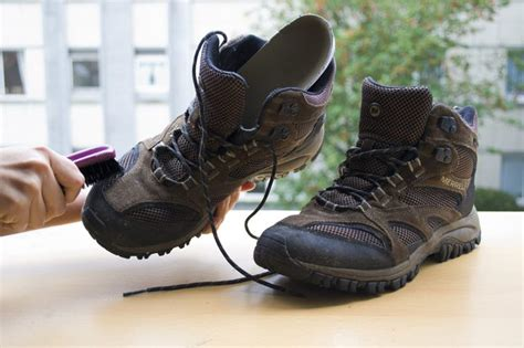 Sepatu Merrel how to clean your merrell shoes with pictures ehow