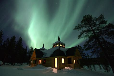 where to go to see the northern lights win a trip to see the northern lights by sharing your top