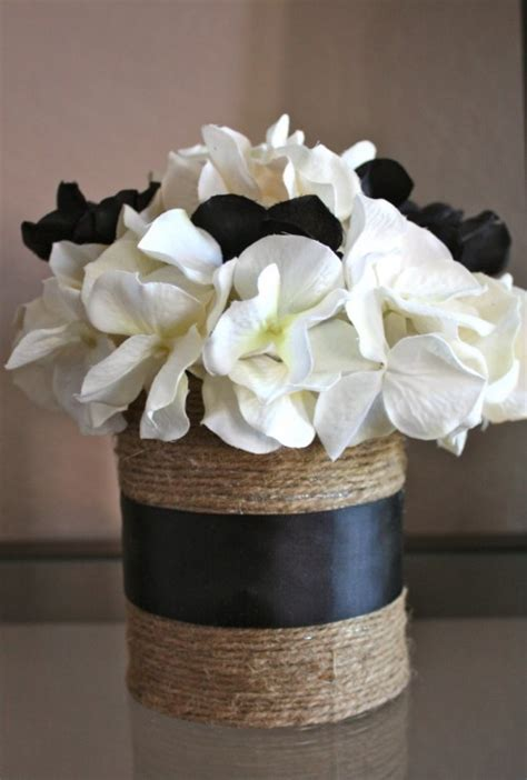 Tin Can Vase by 13 Amazing And Easy To Make Tin Can Vases Shelterness