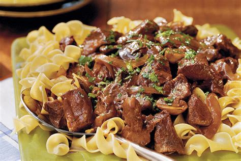 slow cooker comfort food beef with red wine sauce southern comfort food slow