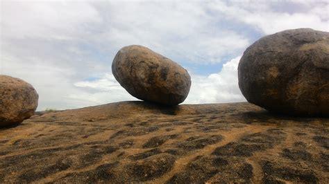 file big rocks on a giant rock gachibowli khajaguda jpg wikimedia commons