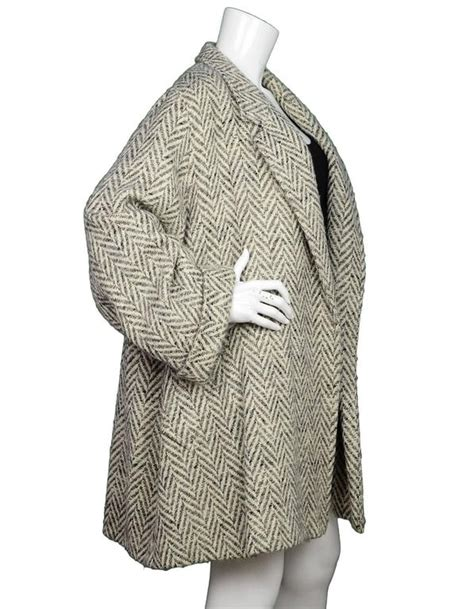 max mara swing coat max mara beige herringbone tweed open swing coat sz us10