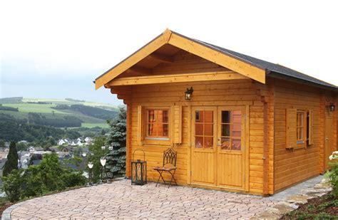 Gartenhaus Aus Holz by Gartenhaus Aus Holz Zweckm 228 223 Ig Nat 252 Rlich Und Sch 246 N