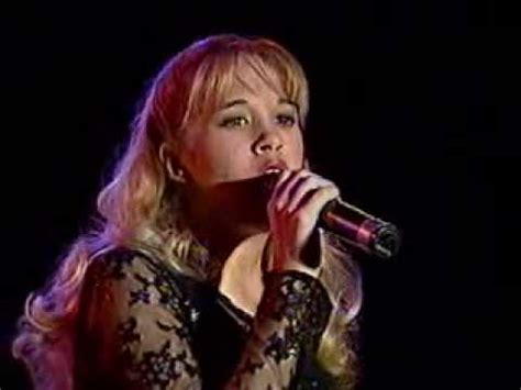 carrie underwood early songs carrie underwood sings at 14 years old youtube