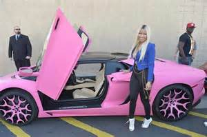 Bright Pink Lamborghini Nicki Minaj S Lamborghini Aventador Gets A Pink Makeover