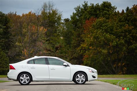 volvo s60 t5 2013 review 2013 volvo s60 t5 car reviews auto123