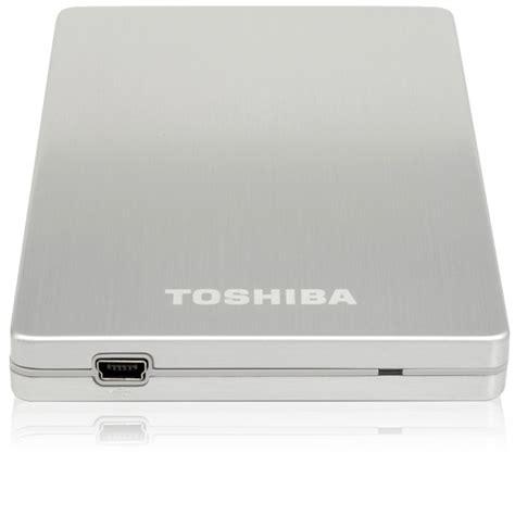 Hardisk Toshiba 640gb eksterni disk toshiba store alu2 640gb srebrne boje beograd srbija