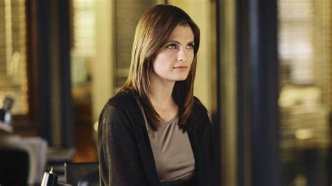 is castle t v show renewed for2016 2017 season castle cancelled at abc after stana katic departure