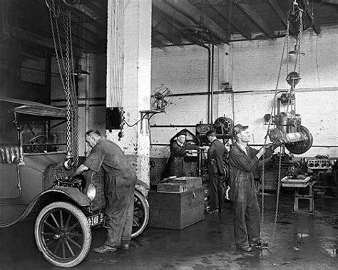 garage berlin vintage auto repair shop 1920 vintage photo digital