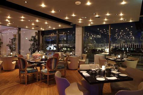 hotels resorts tips for choosing restaurant design tasty guide 2016 vote for the hilton s galaxy restaurant