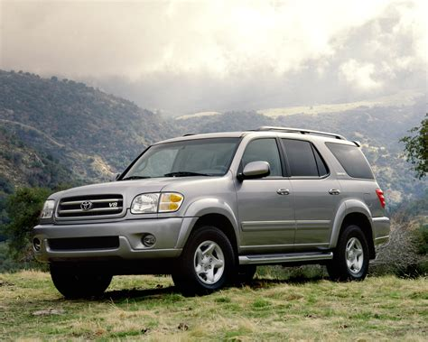2001 toyota sequoia toyota s fullsize suv turned trail ready 2001 toyota sequoia limited fuel infection