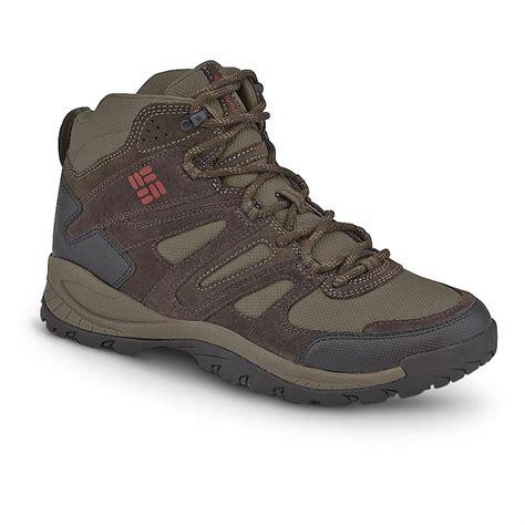 columbia mens hiking boots s columbia 174 big cedar mid hikers 236071 hiking