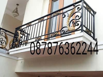 Balkon Besi Tempa Klasik gambar pagar balkon klasik dan pagar tangga model klasik balkon besi tempa mewah dan elegan