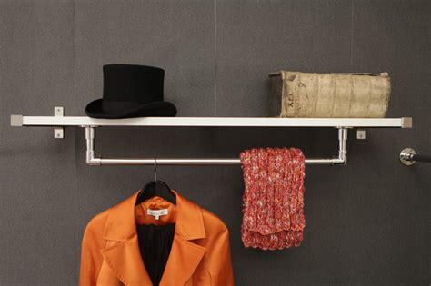 Regal Mit Kleiderstange Ikea by Wandregal Mit Kleiderstange Nq43 Hitoiro